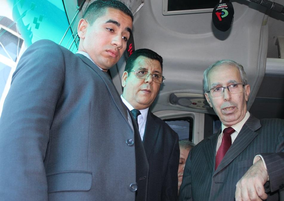 visite inopinée de Monsieur le Ministre des travaux public et des transports à la gare routière de caroubier